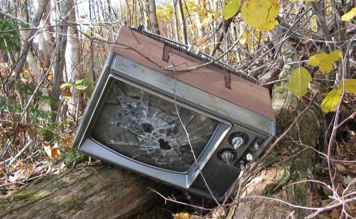 broken tv