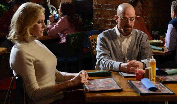 walt and skyler sitting at a table
