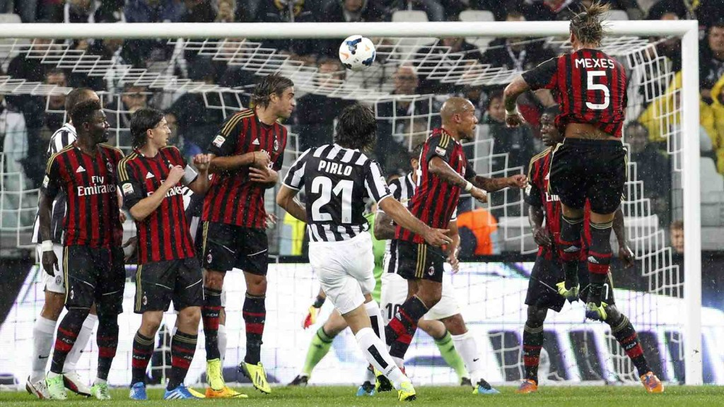 pirlo taking a free kick